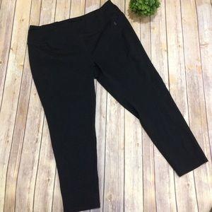 Torrid | Solid Black Plus Size Capri Leggings 3X